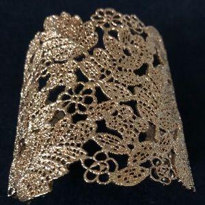 Beautiful Gold Leaf Design Cuff Bracelet